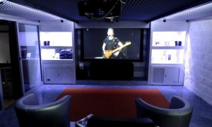 Sistema home cinema integrato showroom Bensotech